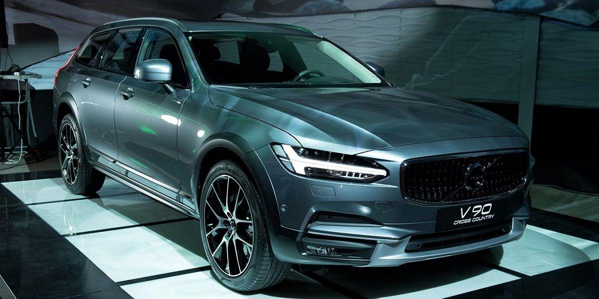 Объявлены цены и старт приёма заказов на новый Volvo V90 Cross Country
