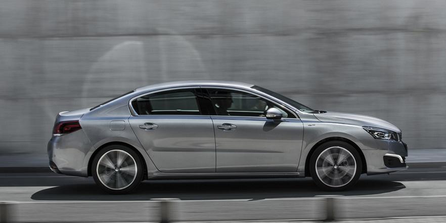 Обменяйте свой автомобиль на новый и получите до 4% дополнительную выгоду!