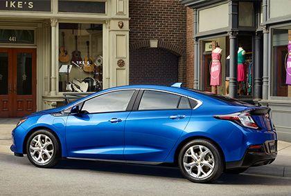 Chevrolet представляет новый Volt 2016 модельного года