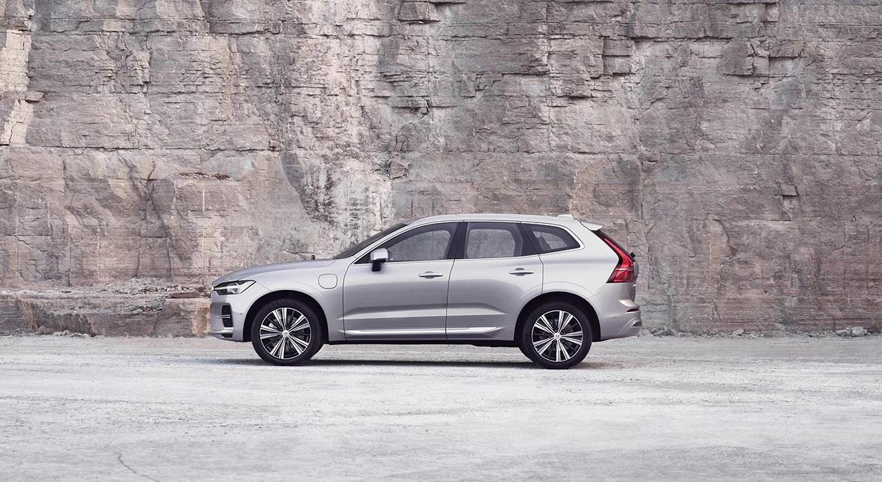 XC60, бестселлер Volvo Cars, стал еще более интеллектуальным